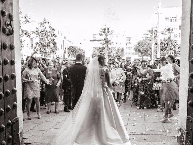 La boda de Jacobo y Patricia en Chiclana De La Frontera, Cádiz 15