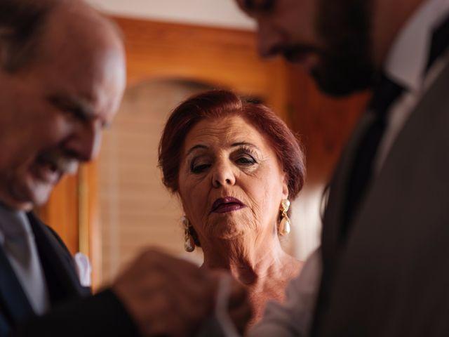 La boda de Isaac y Moni en Gandia, Valencia 12