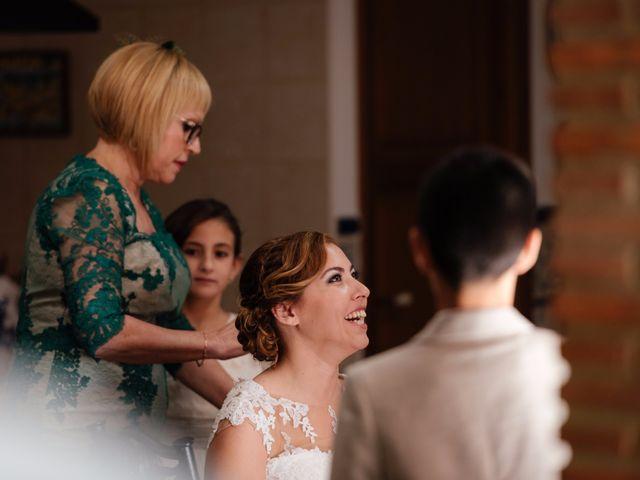 La boda de Isaac y Moni en Gandia, Valencia 19