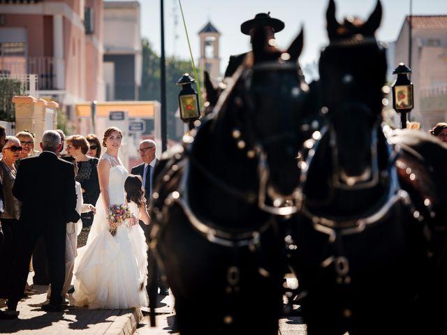 La boda de Isaac y Moni en Gandia, Valencia 1