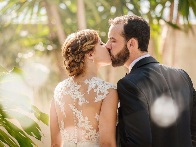 La boda de Isaac y Moni en Gandia, Valencia 2