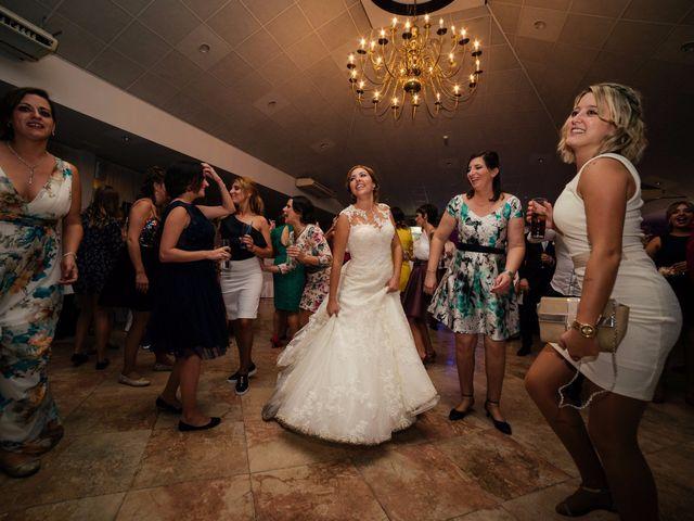 La boda de Isaac y Moni en Gandia, Valencia 68