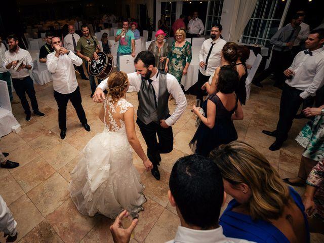 La boda de Isaac y Moni en Gandia, Valencia 69
