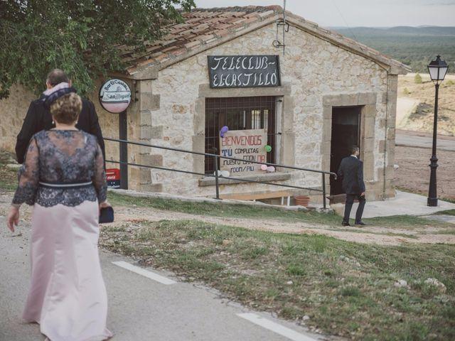 La boda de Rodrigo y Pili en Gormaz, Soria 32