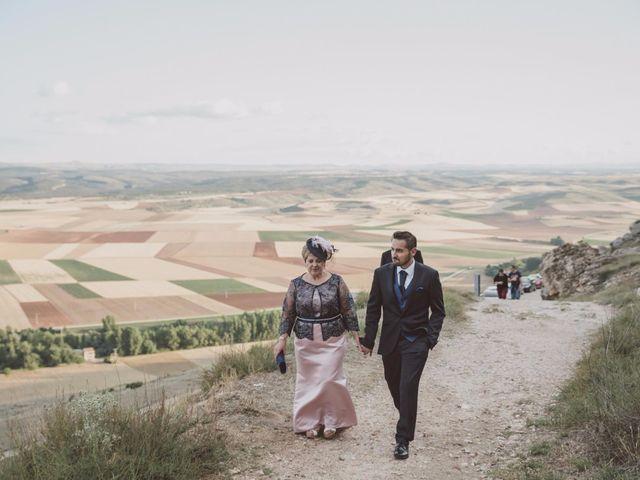La boda de Rodrigo y Pili en Gormaz, Soria 38