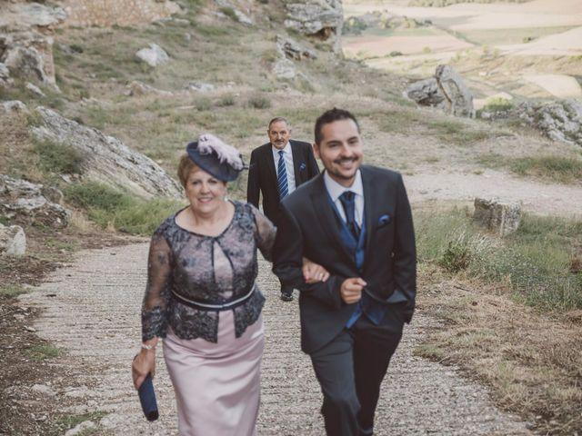 La boda de Rodrigo y Pili en Gormaz, Soria 40