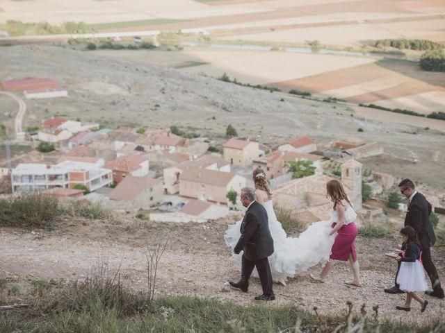 La boda de Rodrigo y Pili en Gormaz, Soria 43
