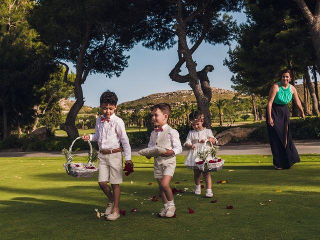 La boda de Edgar y Elena en Alacant/alicante, Alicante 25