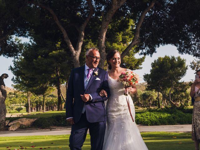 La boda de Edgar y Elena en Alacant/alicante, Alicante 26