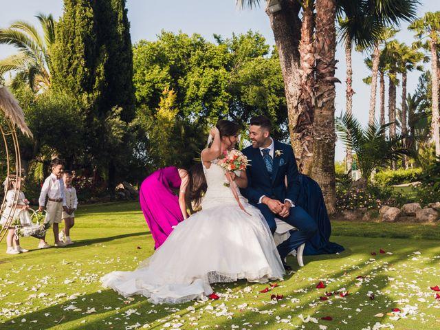 La boda de Edgar y Elena en Alacant/alicante, Alicante 27