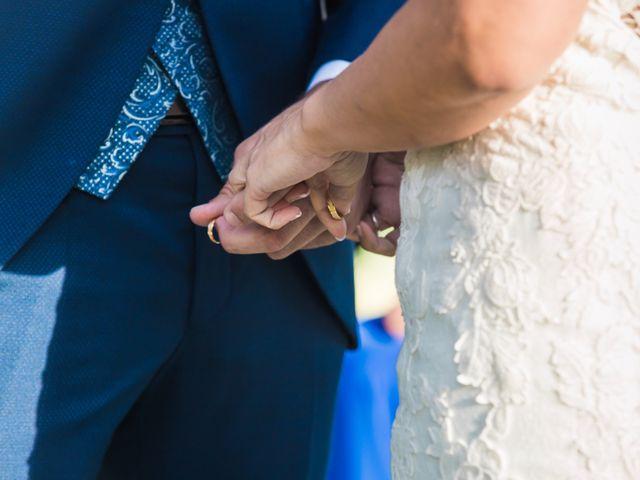 La boda de Edgar y Elena en Alacant/alicante, Alicante 31