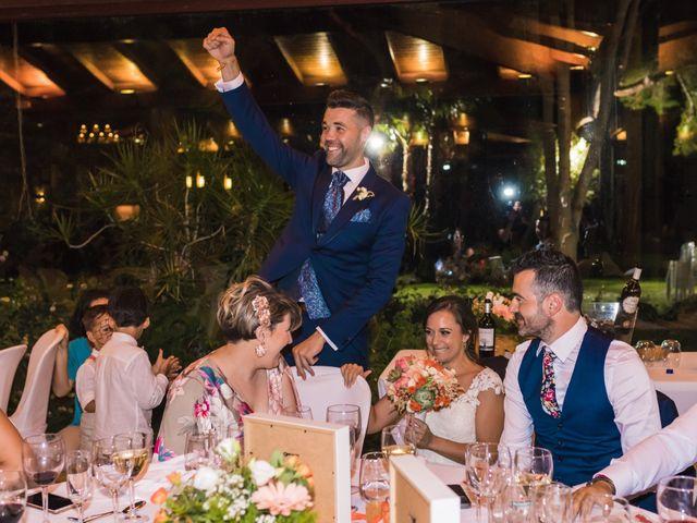 La boda de Edgar y Elena en Alacant/alicante, Alicante 39