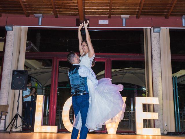 La boda de Edgar y Elena en Alacant/alicante, Alicante 47