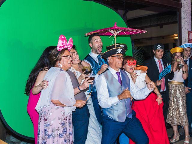La boda de Edgar y Elena en Alacant/alicante, Alicante 48