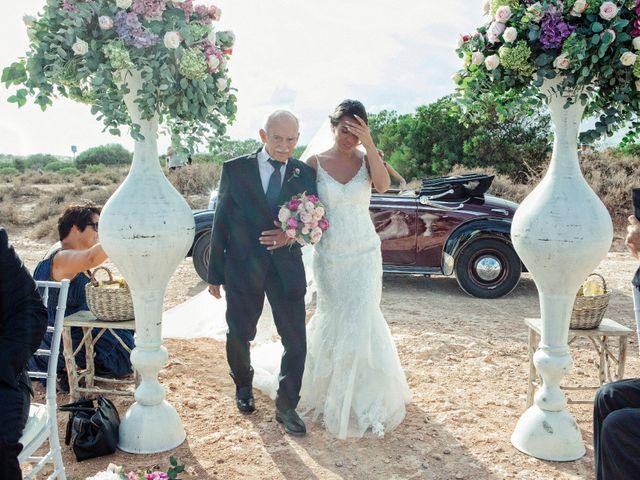 La boda de Pablo y Celina en Daya Vieja, Alicante 18