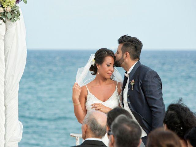 La boda de Pablo y Celina en Daya Vieja, Alicante 24