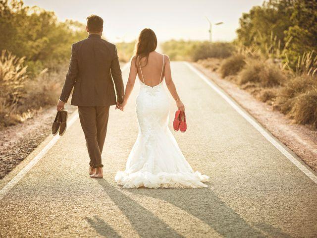 La boda de Pablo y Celina en Daya Vieja, Alicante 61