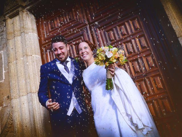 La boda de Jorge y Nazaret en Valdastillas, Cáceres 70