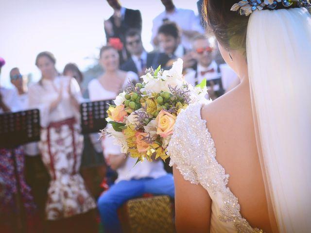 La boda de Jorge y Nazaret en Valdastillas, Cáceres 76