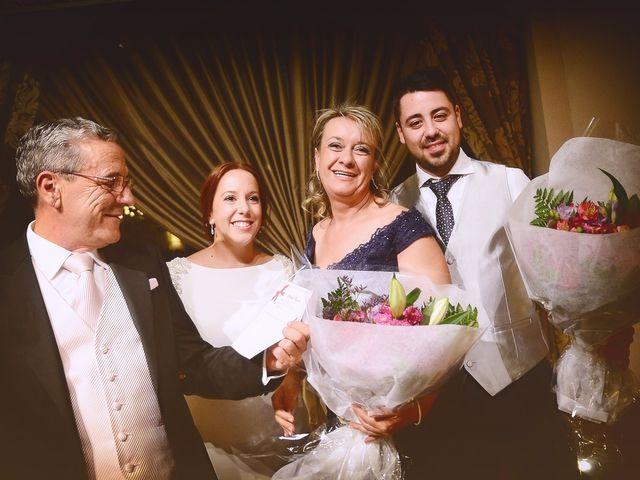 La boda de Jorge y Nazaret en Valdastillas, Cáceres 89