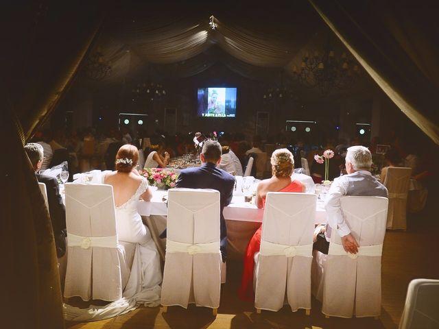 La boda de Jorge y Nazaret en Valdastillas, Cáceres 103