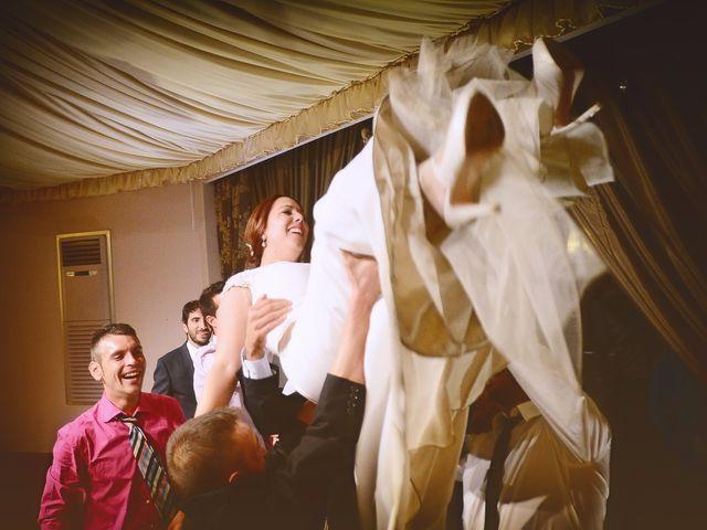 La boda de Jorge y Nazaret en Valdastillas, Cáceres 105