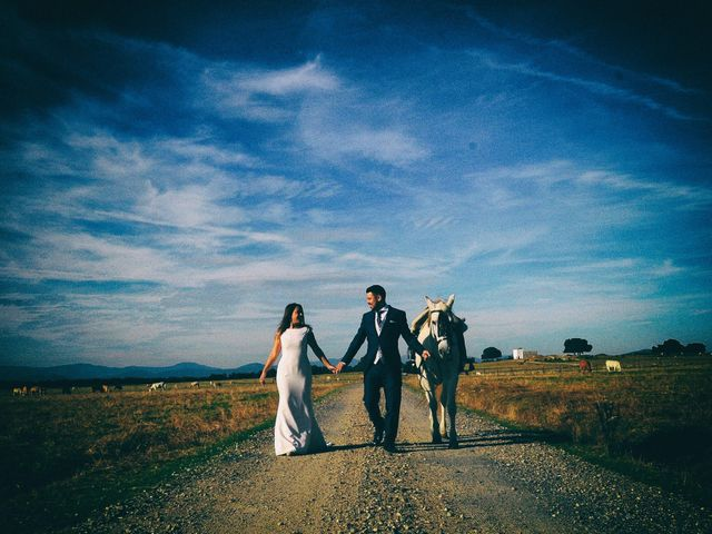 La boda de Jorge y Nazaret en Valdastillas, Cáceres 119