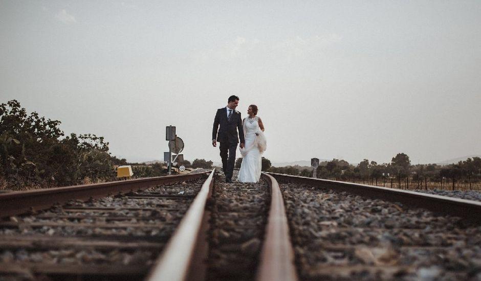 La boda de David y Almudena en Burguillos Del Cerro, Badajoz