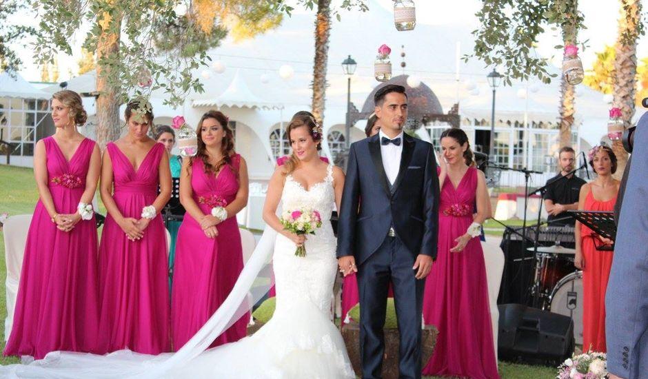 La boda de Domini  y Ángela  en Villamanrique De La Condesa, Sevilla