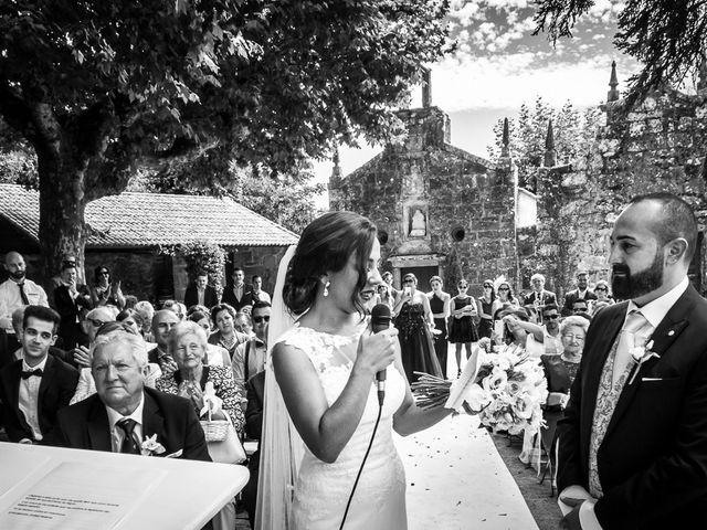 La boda de Rubén y Noelia en Nigran, Pontevedra 34