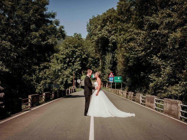La boda de Julén y Nahiara en Urnieta, Guipúzcoa 13