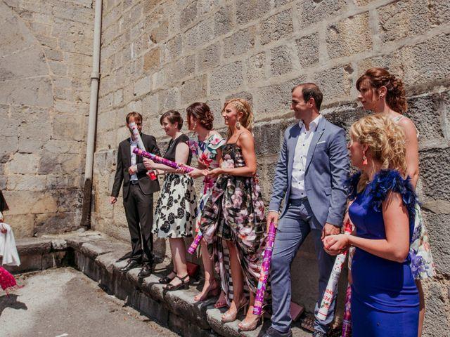 La boda de Julén y Nahiara en Urnieta, Guipúzcoa 33