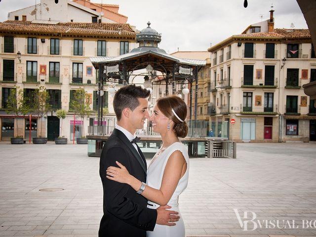 La boda de Mario  y Mireia  en Tudela, Navarra 11