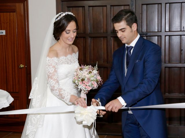 La boda de Jesús y Yolanda en Villarrasa, Huelva 13