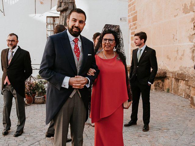 La boda de Jose Antonio y Lucia en Carmona, Sevilla 35