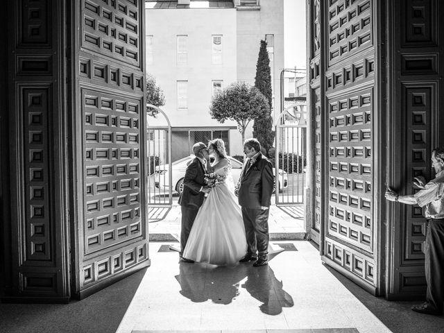 La boda de Óscar y Yolanda en Alcorcón, Madrid 20