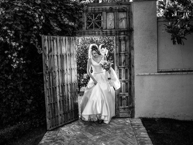 La boda de Óscar y Yolanda en Alcorcón, Madrid 24