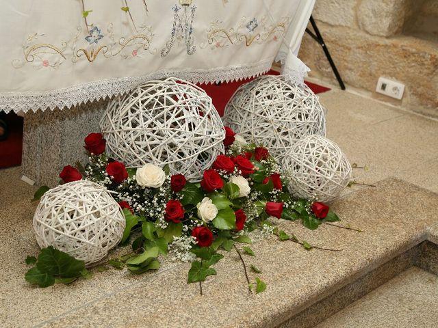 La boda de Abraham y Tere en Baiona, A Coruña 13