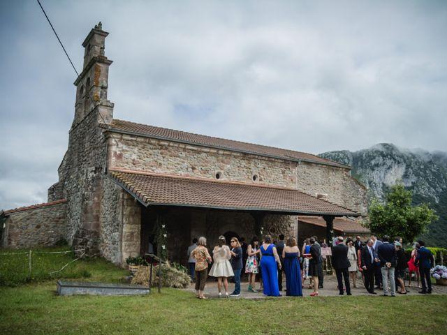 La boda de Juan y Maria en Panes, Asturias 5