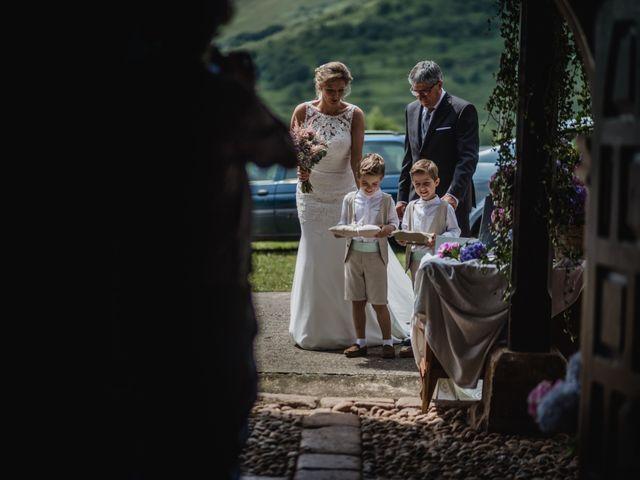 La boda de Juan y Maria en Panes, Asturias 8