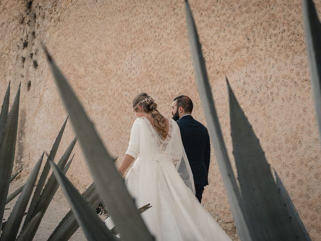 La boda de Juan y Ewe en Alacant/alicante, Alicante 1