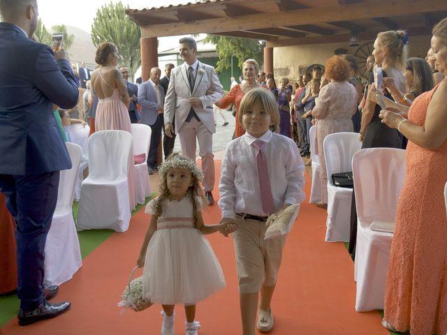 La boda de Joaquin y Cruz en Las Palmas De Gran Canaria, Las Palmas 20