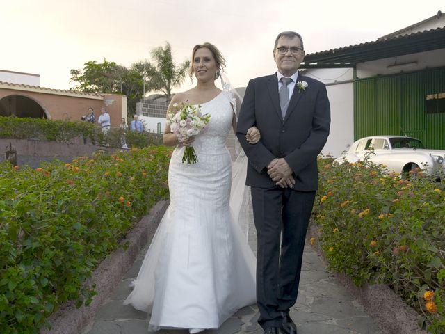 La boda de Joaquin y Cruz en Las Palmas De Gran Canaria, Las Palmas 24