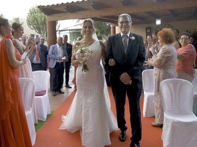 La boda de Joaquin y Cruz en Las Palmas De Gran Canaria, Las Palmas 25