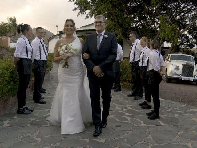 La boda de Joaquin y Cruz en Las Palmas De Gran Canaria, Las Palmas 26