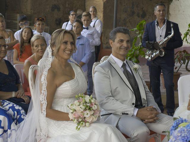 La boda de Joaquin y Cruz en Las Palmas De Gran Canaria, Las Palmas 27