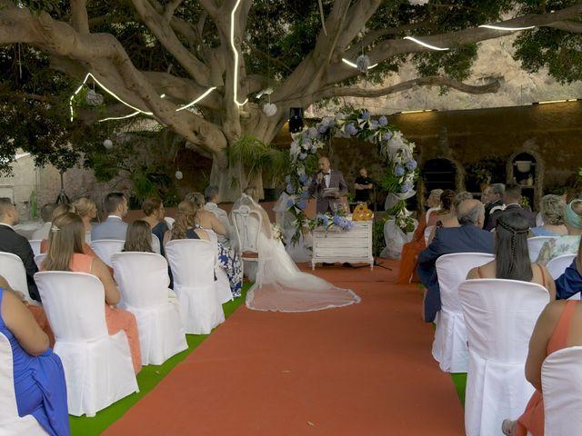 La boda de Joaquin y Cruz en Las Palmas De Gran Canaria, Las Palmas 32