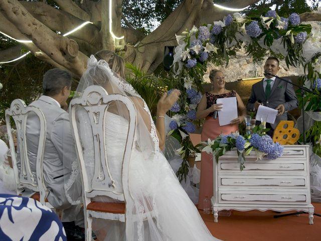 La boda de Joaquin y Cruz en Las Palmas De Gran Canaria, Las Palmas 34