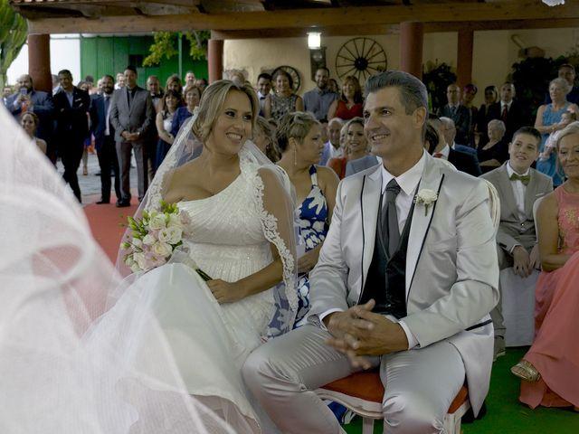 La boda de Joaquin y Cruz en Las Palmas De Gran Canaria, Las Palmas 40