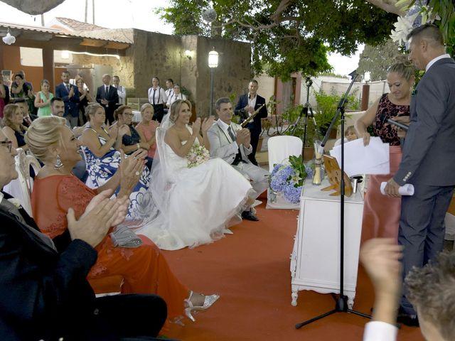 La boda de Joaquin y Cruz en Las Palmas De Gran Canaria, Las Palmas 43